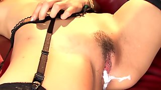 A steamy threesome leads to a creampied pussy