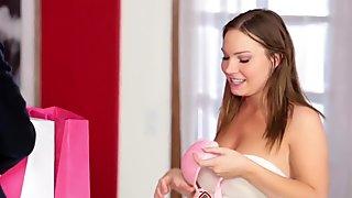 Adolescente riempita di sperma da bbc