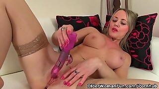 british mummy Sofia romps herself with a dildo