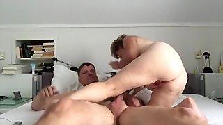 Amateur wife tricks friend in eating cum