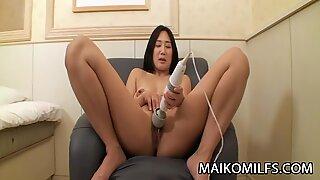 Tomomi Sawamura - Sweet JAV Mom Sex Affair With Stranger