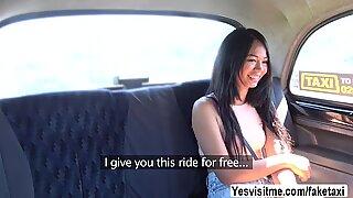 Thajky Jureka mají sex s řidičem kabiny v Zadní Sedadlo