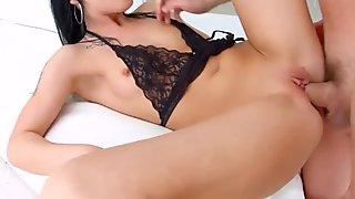 Allinternal Brunette gets a good dicking up her ass before taking a nice creampi