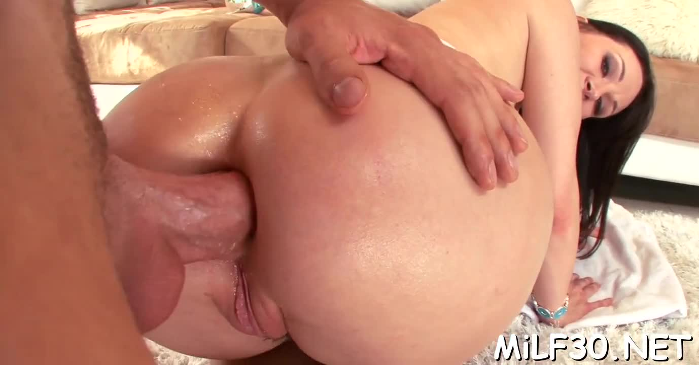 Delightful pussy drilling amateur