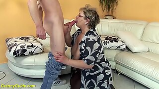 Hairy 78 years old BBW mom rough fucked