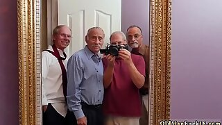 Франки и екипът на бандата от продавачка от врата до врата