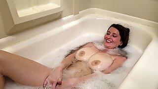 jizzing in the elastic bath