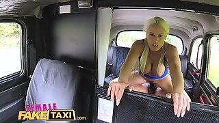 Kvindelig falsk taxa stor sort pik creampie