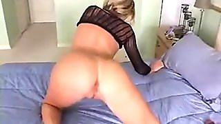 Creampie babe masturbates before sucking